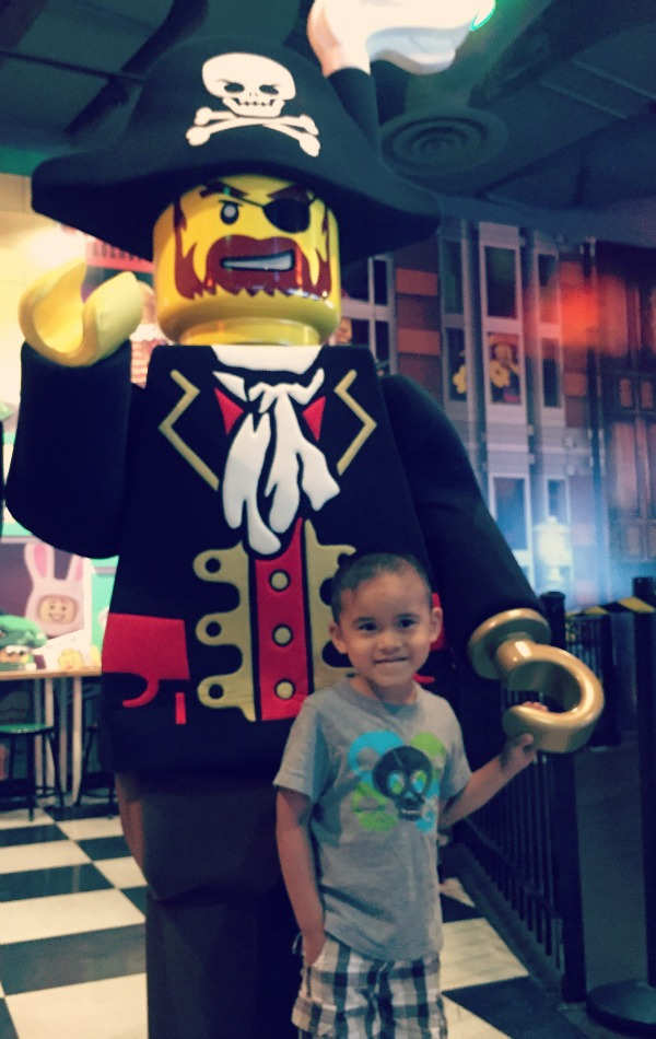 LEGOLAND Discovery Center Chicago Pirate Mascot